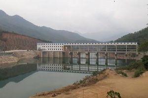 Bản 'khát điện' giữa 2 nhà máy thủy điện