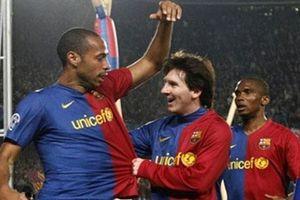 Messi 'không dám nhìn vào mắt' một đồng đội ở Barca