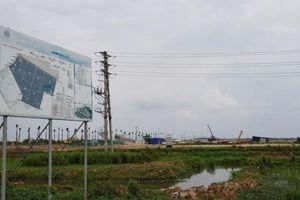 Công ty Phương Lan tự ý san lấp, xây công trình trên diện tích 21.726m2 đất trồng lúa