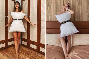 'Hot rần rần' trào lưu dùng gối ngủ làm váy 'thổi bay buồn chán' khi ở nhà mùa dịch