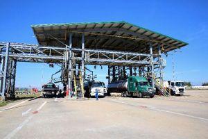 Tập đoàn Dầu khí Việt Nam kiến nghị khẩn cấp ngừng nhập khẩu xăng dầu để 'cứu' 2 nhà máy lọc dầu trong nước