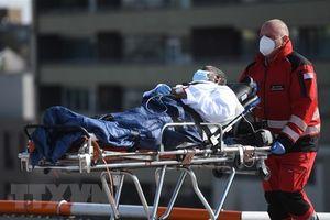 Dịch COVID-19: Số ca tử vong trên toàn cầu vượt ngưỡng 160.000 người