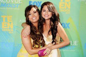 Hồi kết của tình bạn thăng trầm: Demi Lovato cắt đứt quan hệ bạn bè với Selena!