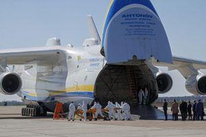 Máy bay lớn nhất thế giới đưa vật phẩm y tế của Trung Quốc tới Ukraine
