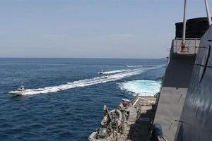 Iran dọa đáp trả tàn khốc nếu tàu Mỹ xâm nhập lãnh hải