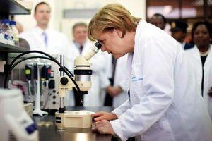 Lãnh đạo với tư duy khoa học, bà Merkel giúp Đức chống dịch thành công