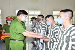 Hải Phòng tăng cường phổ biến pháp luật cho người bị phạt tù, thanh niên phạm pháp