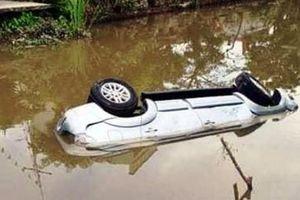 Nguyên nhân ban đầu khiến xe ô tô lao xuống sông làm 2 người tử vong thương tâm ở Nam Định