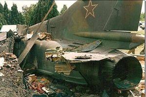 Bi hài: MiG-23M Liên Xô bay không người lái hơn 900km, rơi ở Bỉ