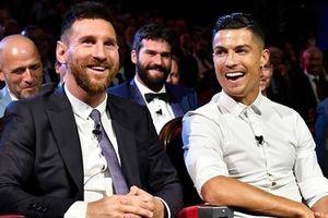 Ronaldo: 'Tôi ngưỡng mộ sự nghiệp của Messi'