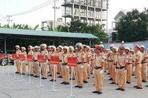 CSGT Đà Nẵng và Quảng Nam ra quân tổng kiểm soát phương tiện từ sáng sớm