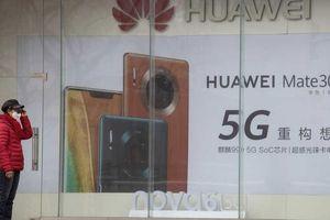 Hoa Kỳ chặt đứt nguồn cung chip trên toàn cầu của Huawei, căng thẳng với Trung Quốc tăng cao