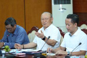 Bộ trưởng 'nhắc' VFF hỗ trợ tối đa cho ông Park Hang Seo