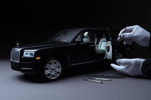 Rolls-Royce Cullinan xe mô hình giá 17.000 USD, đắt hơn ô tô thông thường