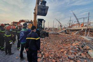 Khởi tố giám đốc công ty thi công làm sập tường khiến 10 người chết