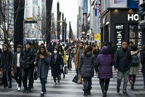 Người trẻ 'đốt tiền' dù nợ nần chồng chất - bom nổ chậm ở Hàn Quốc