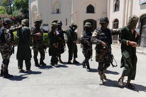 Afghanistan phóng thích 100 tù nhân Taliban