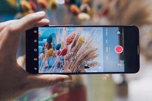 Với OPPO Reno3 bạn có hẳn chiếc smartphone đa-zi-năng từ chụp ảnh đến quay video