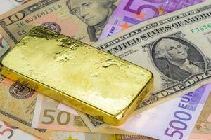 Hai cậu bé bị gửi về quê cách ly chống dịch, ai ngờ tìm được hẳn 2kg vàng