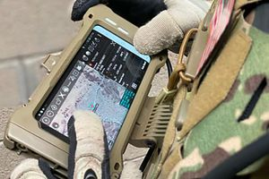 Ngắm Galaxy S20 'nồi đồng cối đá' dành riêng cho quân đội Mỹ