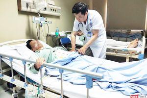 Nuốt tăm xỉa răng khi đi ngủ, người đàn ông 67 tuổi bị thủng đại tràng suýt nguy hiểm đến tính mạng