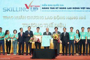 'Đổi mới mạnh mẽ, gắn công tác lãnh đạo Đảng với công tác chuyên môn'