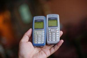 Top 7 chiếc điện thoại cổ từng khiến cả thế giới... cháy túi