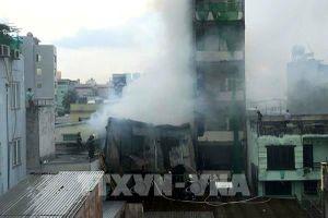 Tp. Hồ Chí Minh: Cháy lớn tại xưởng sản xuất giày
