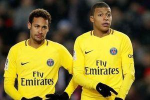Neymar từ chối giảm 70% lương