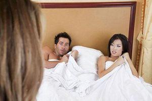 Chồng đòi ly dị để đưa nhân tình về nhà chung sống, chị vợ trả thù 'ngọt ngào' khiến chồng ngoan ngoãn xách vali ra khỏi nhà