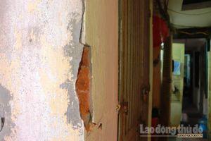 20 hộ dân nơm nớp nỗi lo sống trong ngôi biệt thự cổ bị xuống cấp nghiêm trọng