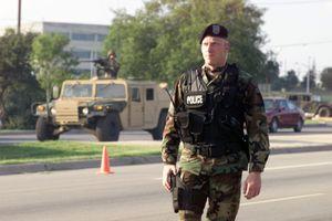 Lầu Năm Góc triển khai quân cảnh đến điểm nóng biểu tình