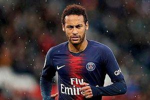 Neymar từ chối giảm lương để chia sẻ cùng PSG