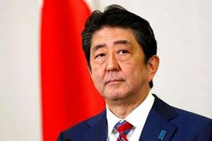 Dù kiểm soát thành công Covid-19, số phiếu tín nhiệm của Thủ tướng Nhật Bản vẫn giảm mạnh
