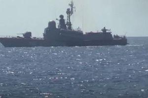 Ukraine tuyên bố một tàu chiến Nga bị cháy trên biển Đen