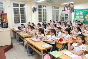 Tuyển sinh lớp 1 tại Hà Nội: Kiểm soát chặt chỉ tiêu tuyển sinh