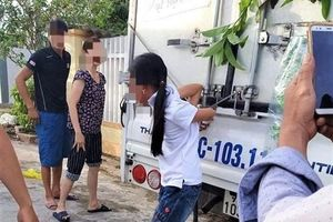 Người mẹ trói con gái 12 tuổi vào xe tải đã phạm tội 'làm nhục người khác'