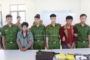 Sơn La: Mang vũ khí 'nóng' áp tải hơn 15.000 viên ma túy tổng hợp