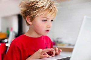 Chân dung hacker nhỏ tuổi nhất thế giới, từng 'xử' điện thoại Tổng thống