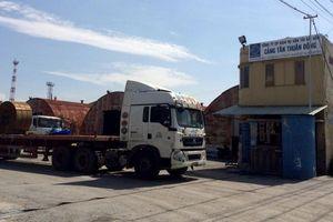 Cảng Tân Thuận Đông tiếp tay cho doanh nghiệp chở hàng quá tải