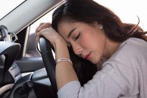 Lái xe ô tô ngày nắng nóng: Cẩn trọng nguy cơ sốc nhiệt, đột quỵ do dùng điều hòa sai cách