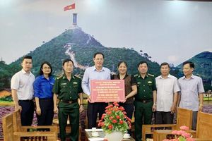 Hỗ trợ tỉnh Hà Giang 1,1 tỷ đồng khắc phục thiên tai và chăm lo người dân biên giới