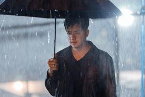 Cao Thái Sơn tung MV mới kịch tính 'Khóc giữa trời mưa'