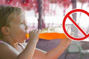 'Chỉ mặt' 5 loại nước dễ khiến trẻ 'lùn tịt', ăn mãi không lớn, đừng dại cho con uống vào