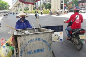 Nắng nóng: Dân lao động Thủ đô nhọc nhằn mưu sinh