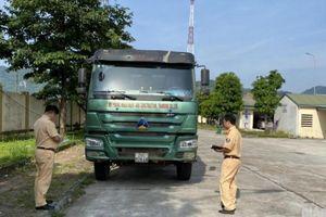Hòa Bình: CSGT xử lý quyết liệt, xe quá tải vắng bóng trên QL6