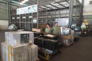 Phát hiện thu giữ hàng loạt hàng nhập lậu qua đường hàng không và tại khu Ninh Hiệp