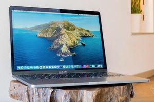 'Tôi trả ngay chiếc MacBook Pro mới mua sau khi nhận máy'