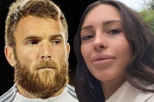 Cầu thủ MLS mất việc vì vợ