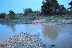 Ba học sinh ở Bình Thuận tử vong khi tắm sông